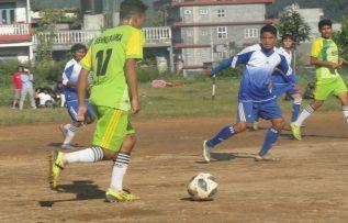 पोखरामा  पाँचौ सिम्पानी सेभेन ए साइड फुटबल प्रतियोगिता शुरु ।