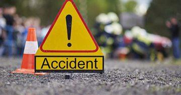 बाँकेमा यात्रु बाहक बस दुर्घटना हुँदा १२ जनाको  घाइते।