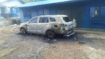 मंगलसेन नगरपालिका प्रमुखको गाडीमा आगजनी ।