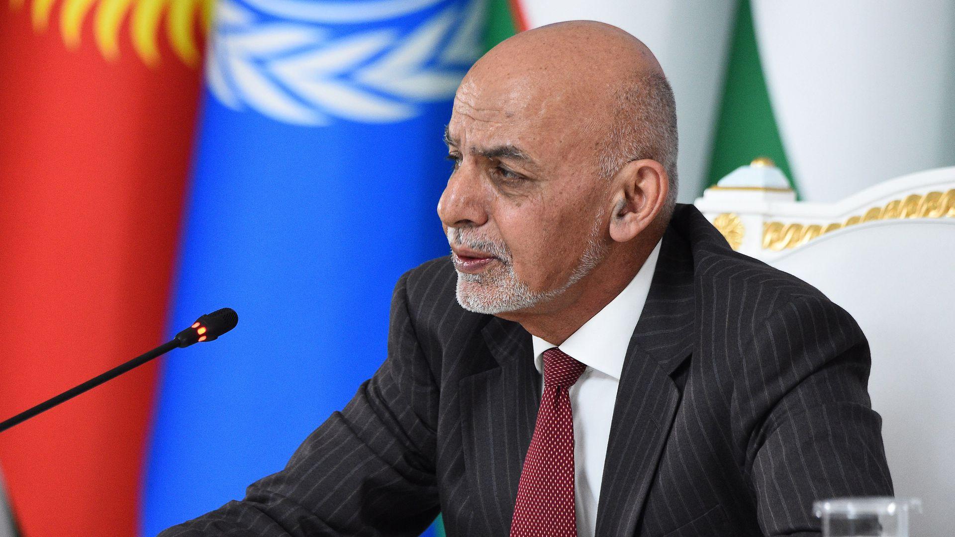 अफगानिस्तानका राष्ट्रपति घानीले छोडे देश